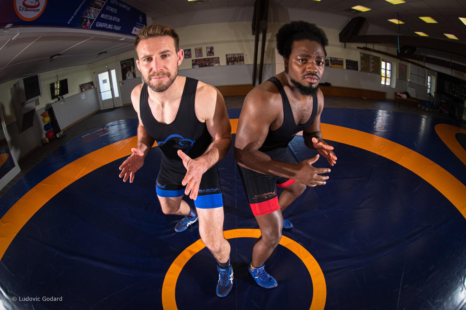 Photographie de lutteurs